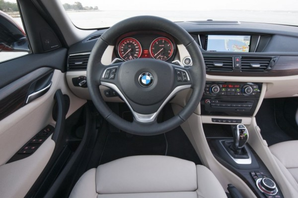 bmw-x1-restyling-interni