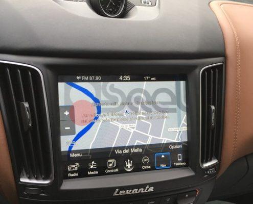 navigatore auto brescia