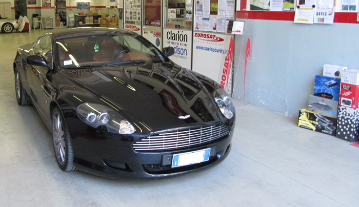Aston Martin DB9 antifurto satellitare