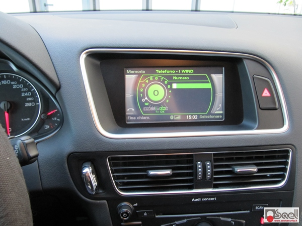 Audi Q5 8R bluetooth integrato