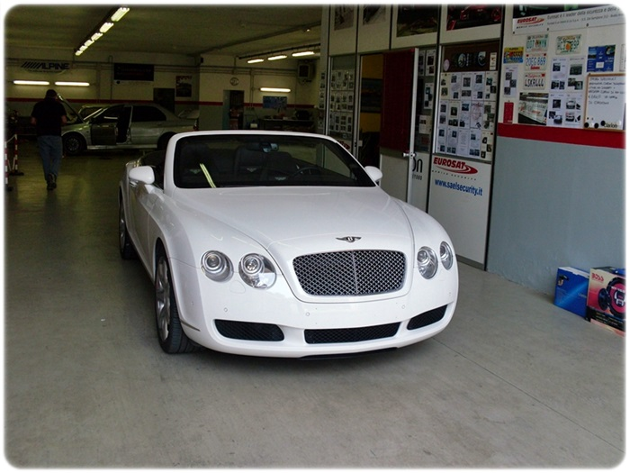 Bentley Continental cabrio antifurto satellitare