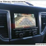 retrocamera Porsche Macan
