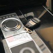 sound booster range rover vogue